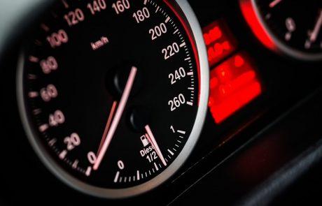 שוכרים רכב ונעים בהילוך גבוה