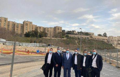 אחרי 6 שנים: כיכר חדשה תאפשר מעבר תחבורה ציבורית בשכונת רביץ בנווה יעקב