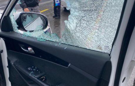 בוקר פלילי בירושלים: נשק נמצא במזרח העיר, אבנים הושלכו על ניידת משטרה שבאה לאכוף את תקנות הקורונה