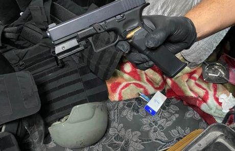 חשוד באחזקת כלי נשק וסמים נעצר הלילה; יובא להארכת מעצרו   כל הפרטים