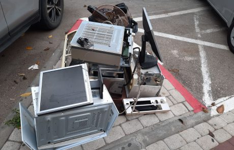 ככה דואגים לניקיון של העיר – מידי שבוע יום מחזור חשמלי